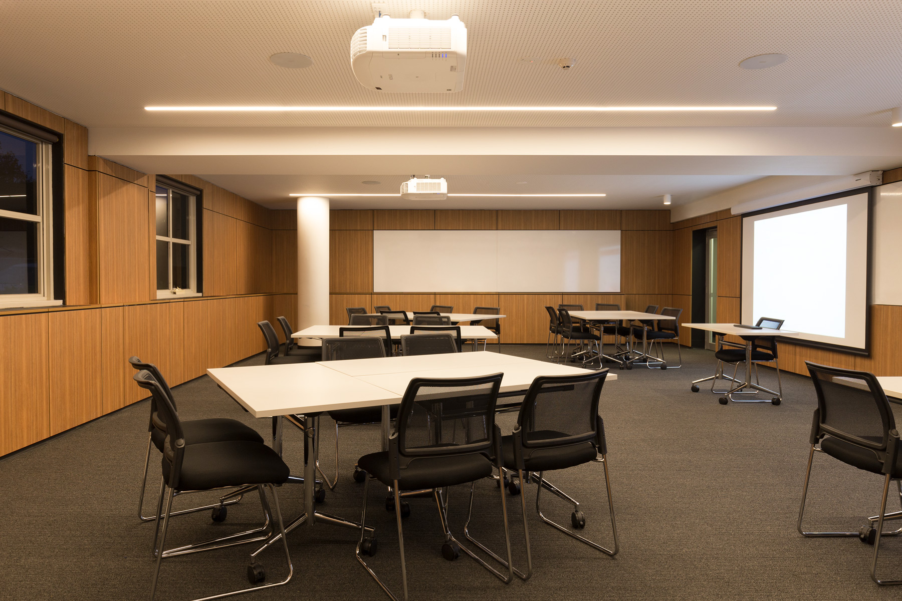 Melbourne Business School, VIC | Lighting supplied by Richmond Lighting